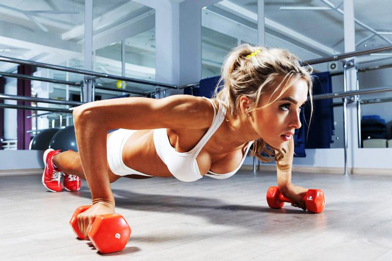 meilleurs exercices aux halteres