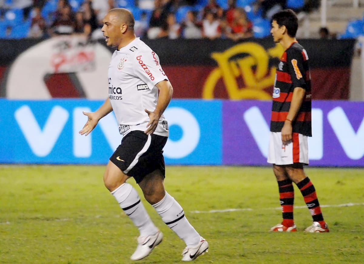 attaquant ronaldo bresil