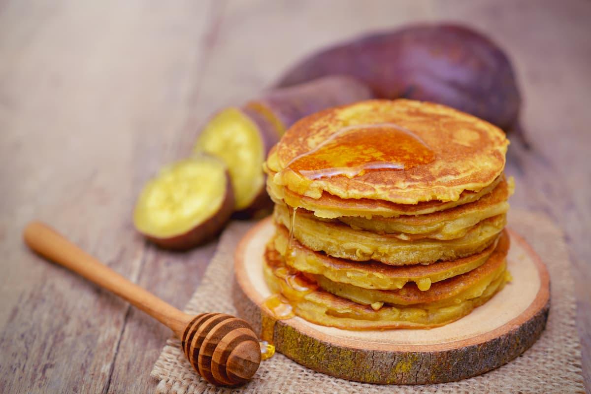 pancakes de farine de patate douce